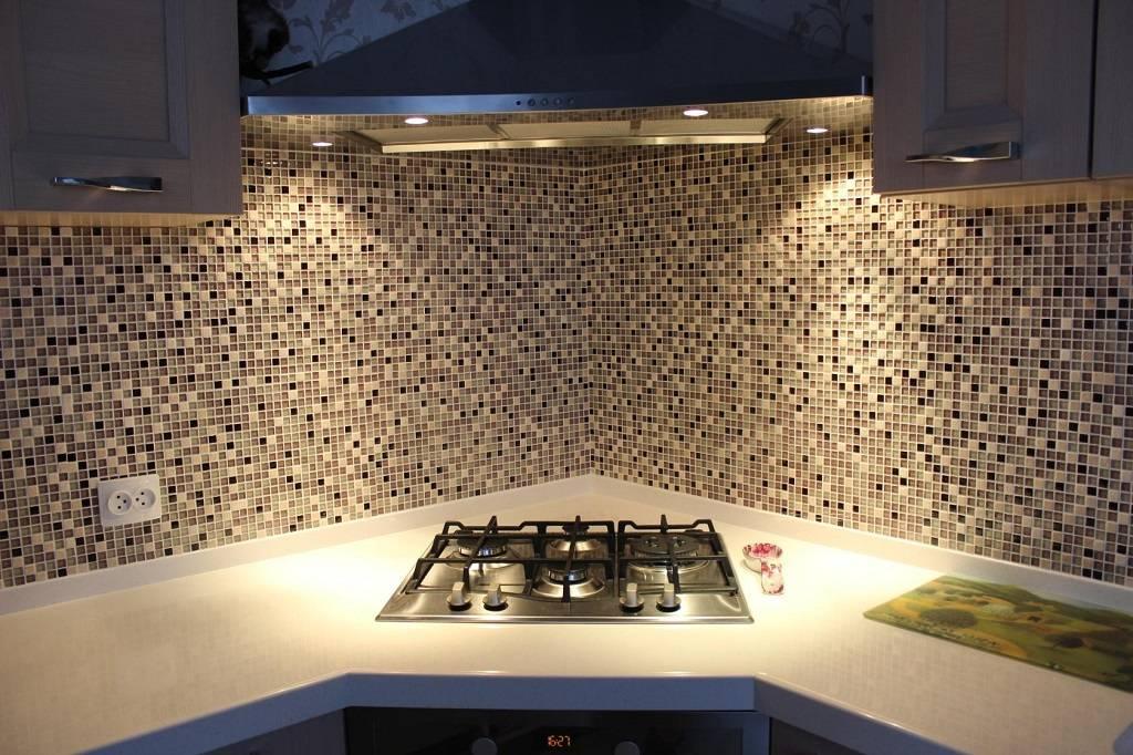 Мозаика из смальты (25 фото): смальтовая мозаичная плитка, техника укладки своими руками, стеклянные и керамические модели в интерьере