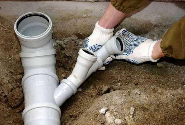 Как правильно выполнить разводку канализации в частном доме?