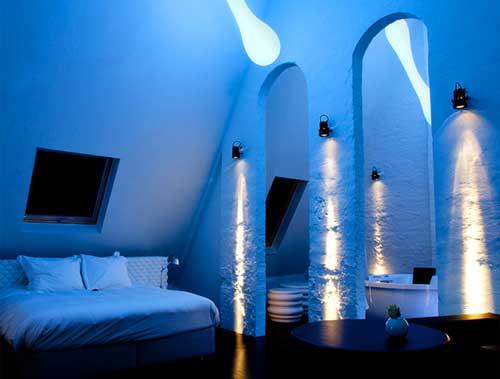 Сколько люменов нужно на 1м2 для освещения разных помещений – от комнаты в квартире до склада, нормы освещенности и как рассчитать необходимый световой поток и количество ламп