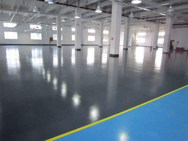 Чем покрасить бетонный пол - выбор и нанесение состава!