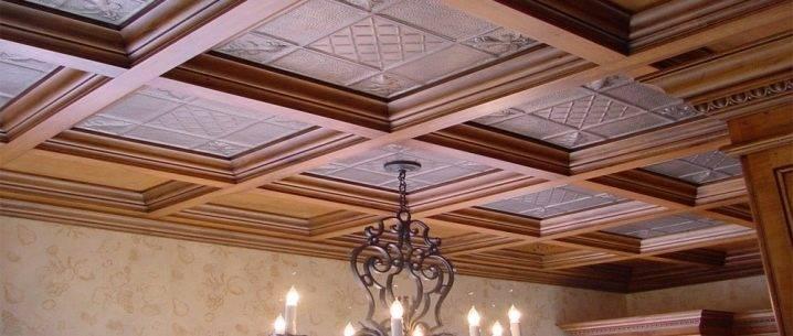 Как покрасить потолочную плитку из пенопласта: технология окрашивания потолка (видео)