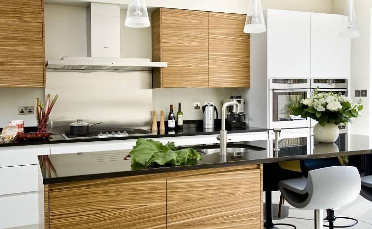 Кухня зебрано: подборка интерьеров + советы дизайнера