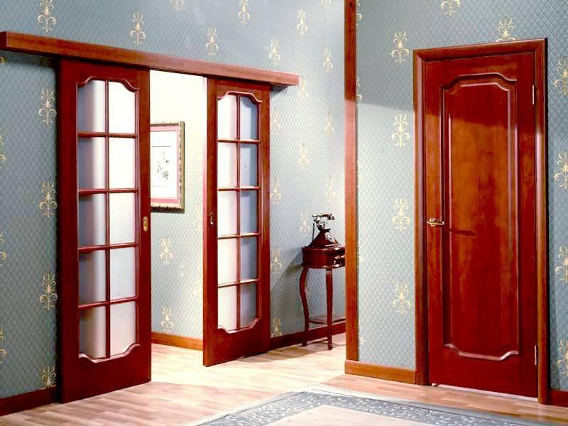 Можно ли заменить стекло в межкомнатной двери?