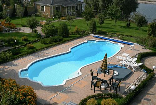 Основные правила и способы ухода за бассейном на даче