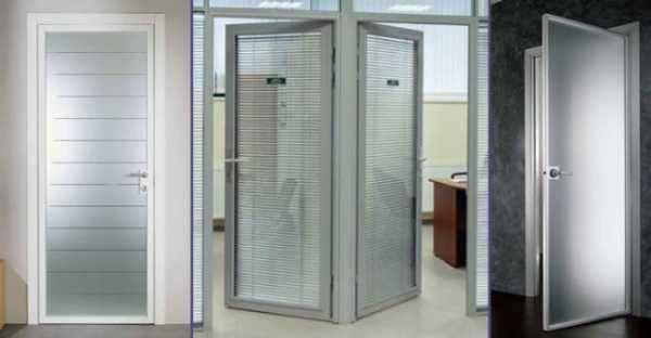 Алюминиевые входные двери со стеклом из теплого и холодного профиля, разновидности конструкции