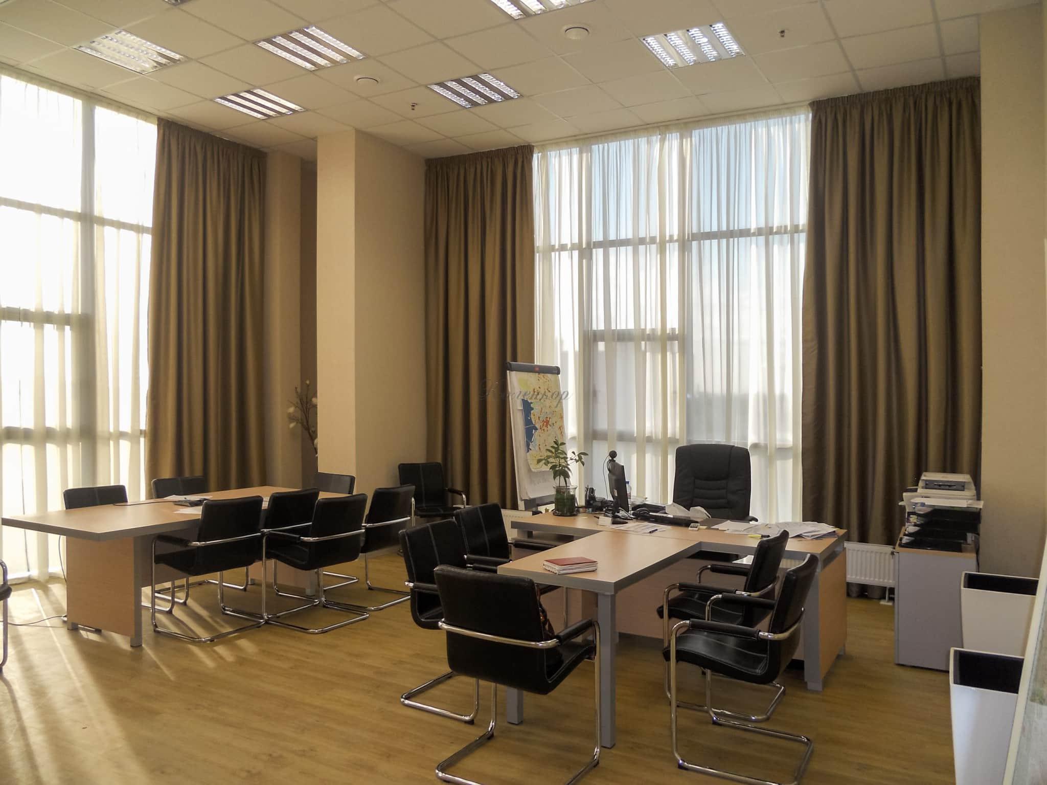 Шторы в кабинет: создаем рабочую атмосферу