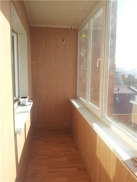 Варианты отделки холодного балкона