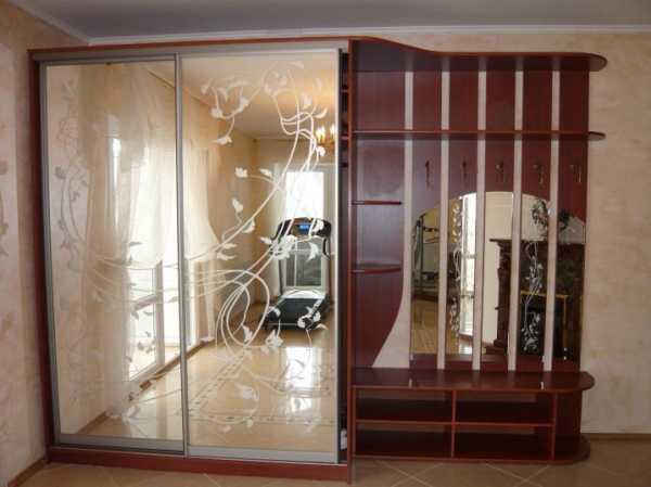 Гардеробная в прихожей: реальные фото мини-гардеробной в квартире для обуви и одежды, дизайн, узкая, небольшая, шкаф-купе