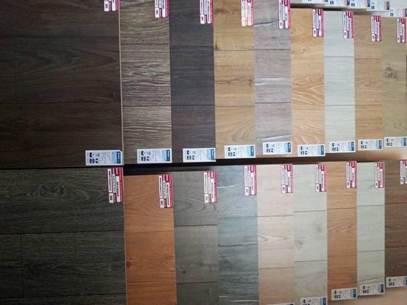 Ламинат 32 класс (29 фото): что это значит, характеристики и размеры вариантов  шириной  8 и 10 мм, отзывы о производителях, популярный цвет дуба в интерьере