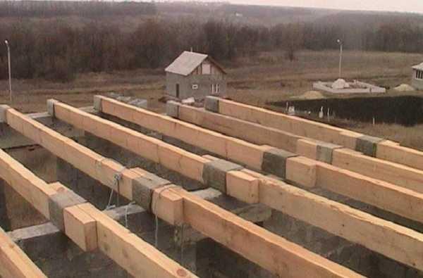 Перекрытия по деревянным балкам