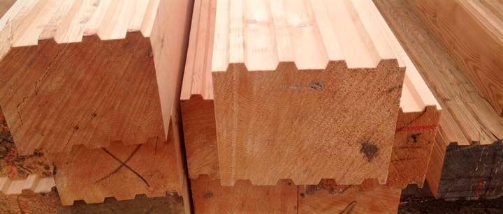 Плюсы и минусы Профилированного бруса из лиственницы: преимущество строительства из него