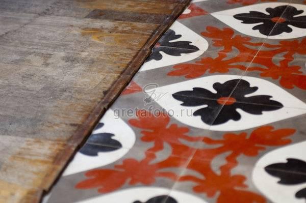 Где и как использовать метлахскую плитку: рекомендации дизайнера екатерины ловягиной. применение, размеры, свойства и состав метлахской плитки стол с метлахской плиткой