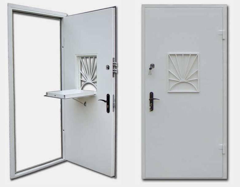 Разновидности дверей-решеток