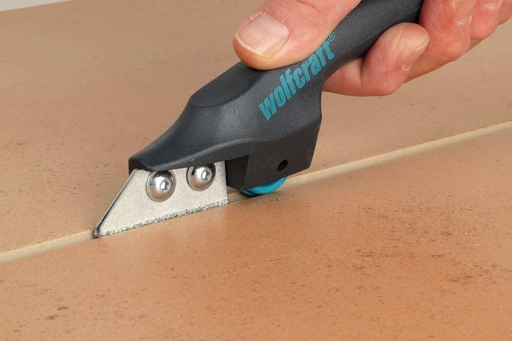 Как снять плитку с пола - только эффективные способы с пошаговыми инструкциями!