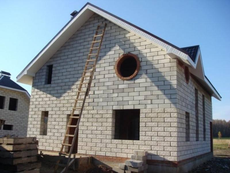 Дом из керамзитобетонных блоков (37 фото): проекты для строительства, кладка стен из керамзитобетона