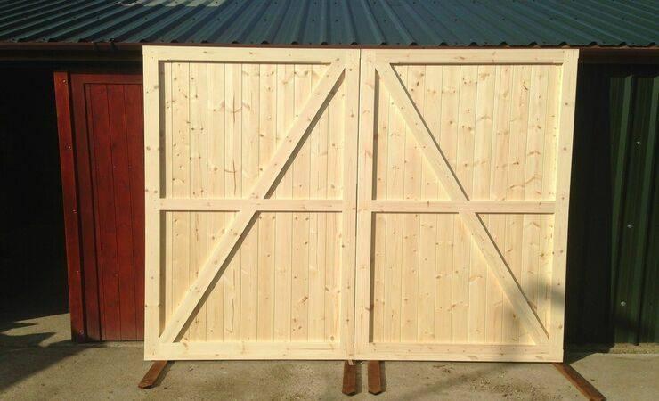 Распашные ворота для гаража: как сделать и закрепить своими руками, установка в брусовый гараж легких деревянных ворот, чертежи