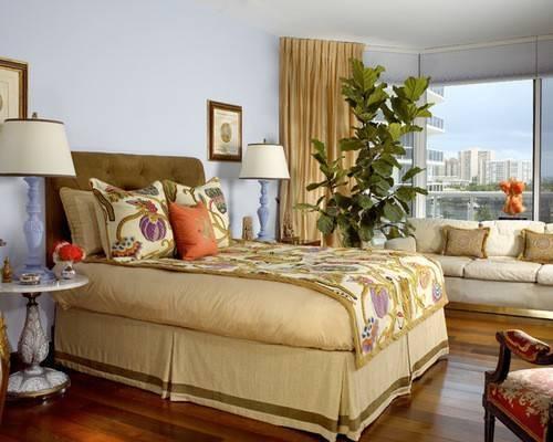Какие шторы лучше подобрать к золотистым обоям: советы дизайнера