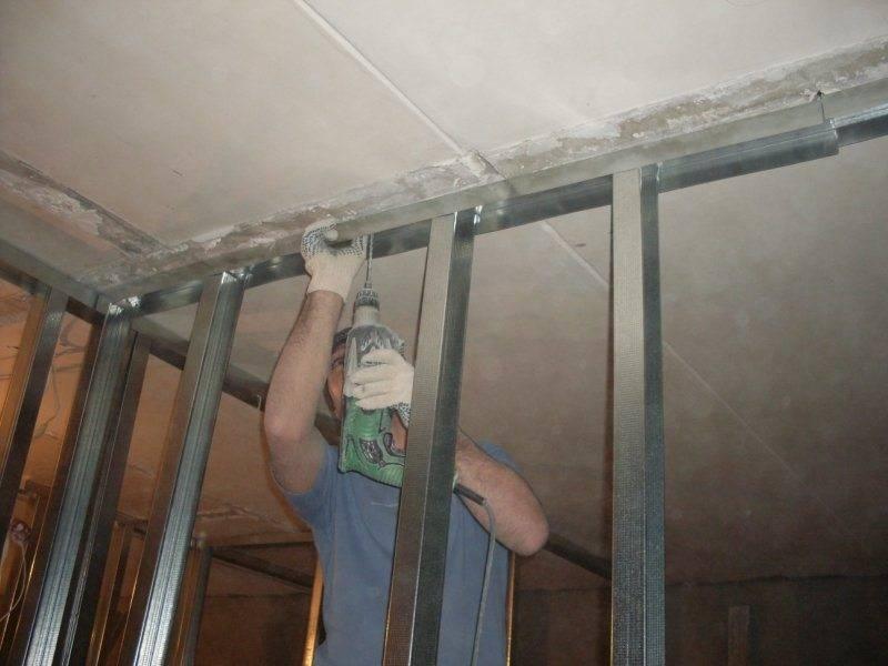 Как крепить натяжной потолок к гипсокартону своими руками одним из трех доступных способов