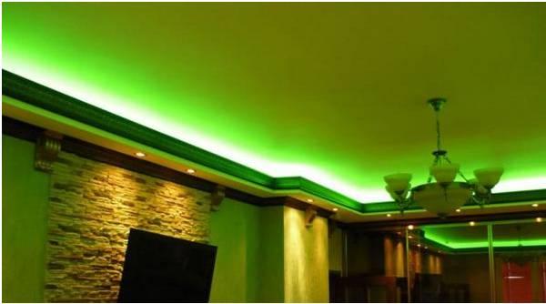 Светодиодная лента под натяжным потолком (45 фото): монтаж диодной подсветки, как сделать и как установить ленту на потолок