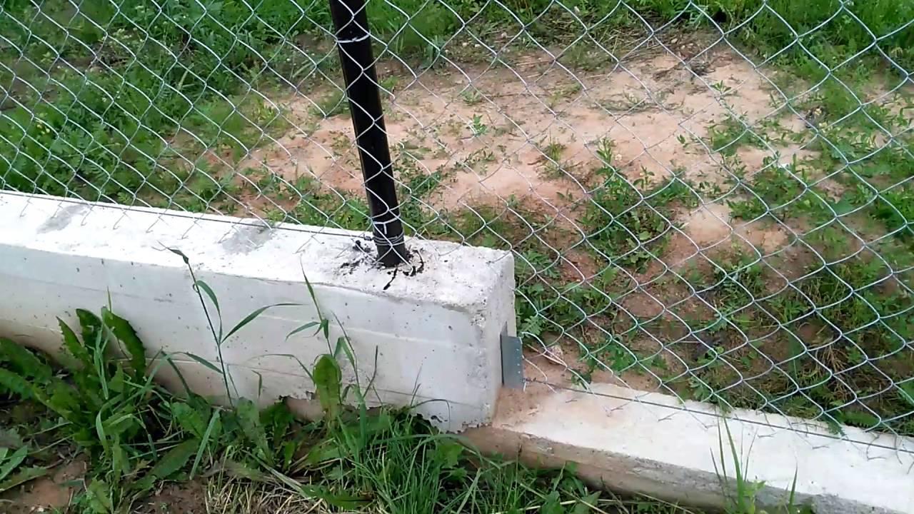 Как натянуть сетку рабицу на забор своими руками - рассмотрим варианты