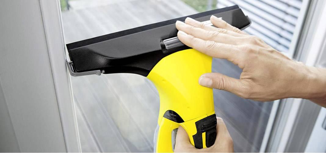 Средство для чистки окон, зеркал и пластиковых поверхностей: рейтинг лучших чистящих составов и салфеток для мытья стекол без разводов