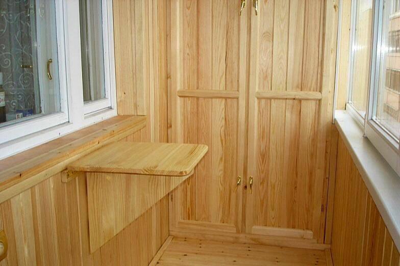 Отделка балкона деревянной вагонкой: практично и благородно