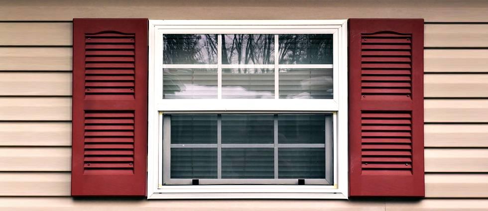 Отделка окон сайдингом своими руками: обшиваем оконные откосы снаружи, видео-инструкция, фото