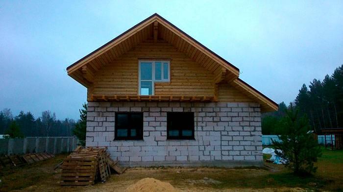 Комбинированные дома: 135 фото проектов и правила комбинирования для дома