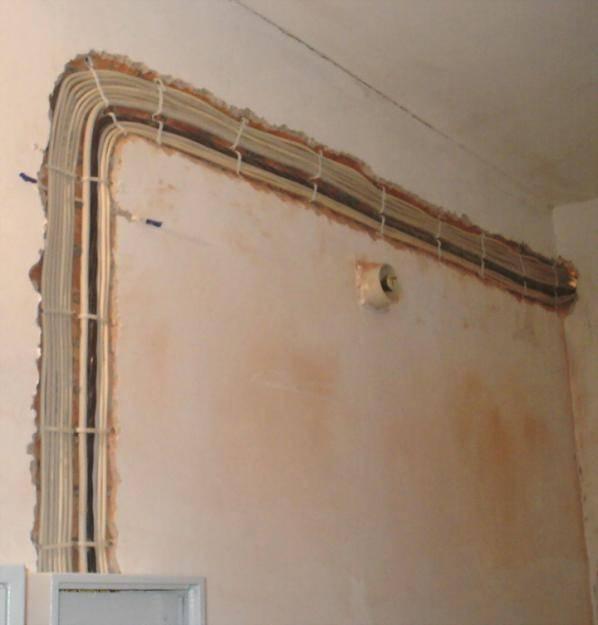 Как заменить старую электропроводку в доме