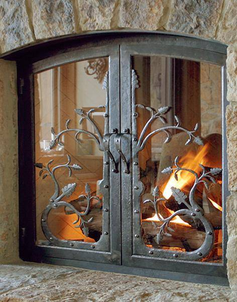 Дверцы для камина: выбор и установка