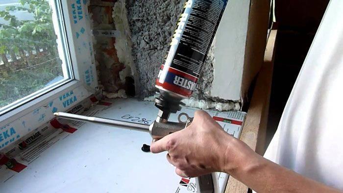 Как пользоваться монтажной пеной: пошаговая инструкция