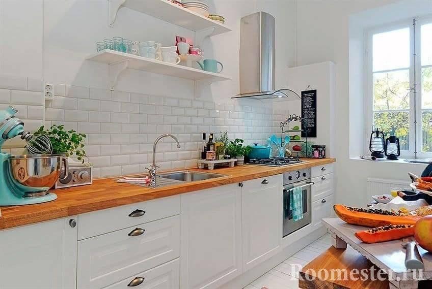 Кухня без верхних шкафов — особенности дизайна одноярусной кухни