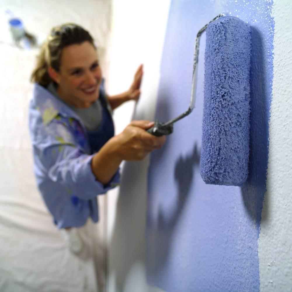 Особенности выбора моющейся краски для стен
