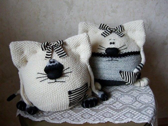 Декоративные подушки своими руками — фото красивых вариантов оформления, необычные идеи и советы по декору от мастеров