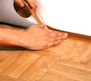 11 материалов для отделки пола в гостиной