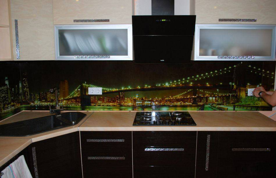 Плитка для фартука на кухню + 180 фото лучших дизайнов
