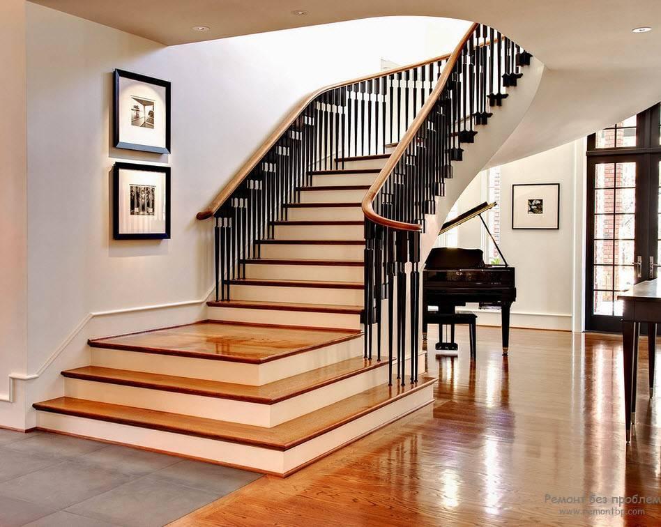 100 лучших идей: лестница на второй этаж в деревянном доме фото