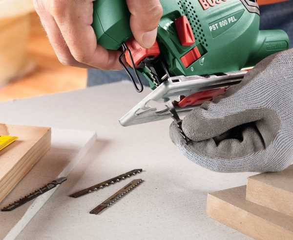 Как выбрать электрический лобзик для дома: изучаем устройство и особенности инструмента