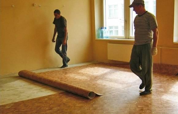 Какой линолеум лучше для квартиры: класс, основа, толщина