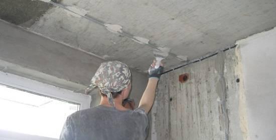 Гипсовая штукатурка (120 фото): какая лучше для внутренних работ и машинного нанесения, применение белой влагостойкой смеси для влажных помещений