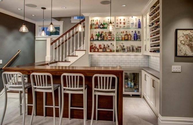 Как оформить мини-бар для бутылок на кухне: подвесной бар, встроенный, фото.