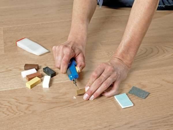 Как отремонтировать ламинат своими руками: способы, методы