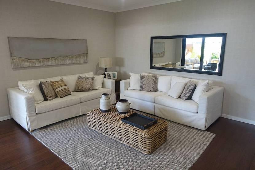 Как расположить диван в гостиной | варианты и правила размещения