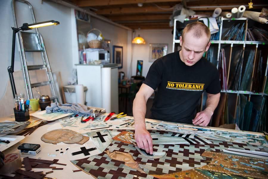 Как выложить мозаику из битой плитки своими руками: мастер-класс