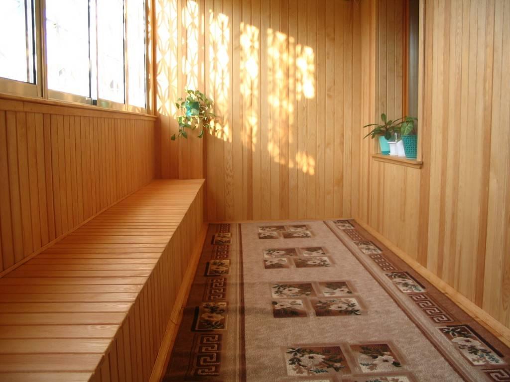 Как выполняется отделка балкона под дерево - выбор материала и инструкция