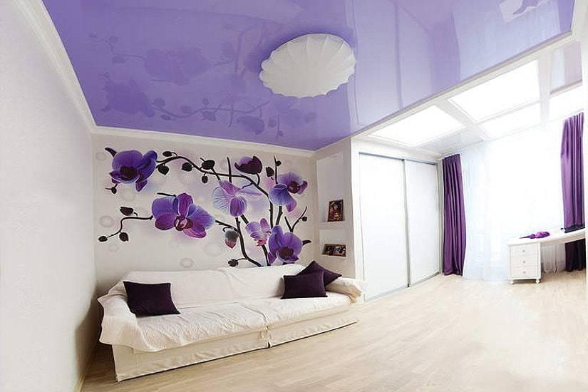 Гостиная в фиолетово серых тонах