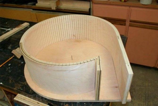 Сгибаем лист фанеры в домашних условиях в круг, дугу или цилиндр? обзор +видео