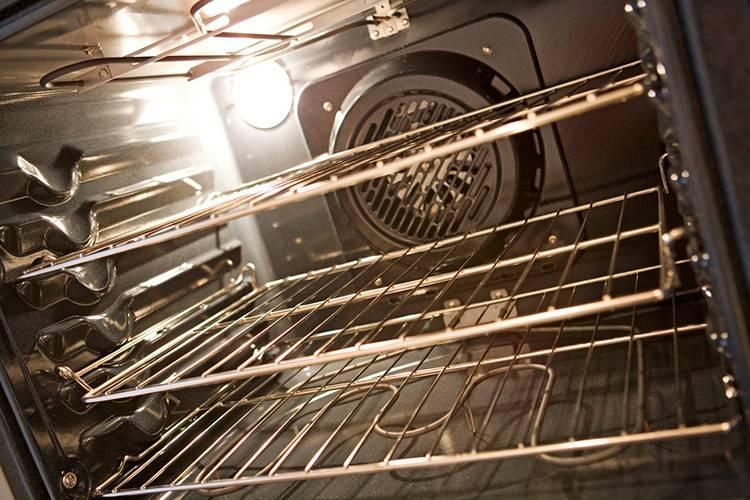 Каталитическая очистка духовки: что это такое, как работает, какая очистка лучше