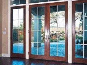 Алюминиевые межкомнатные двери: распашные и раздвижные варианты, алюминиевый профиль для дверей со стеклом, плюсы и минусы, отзывы