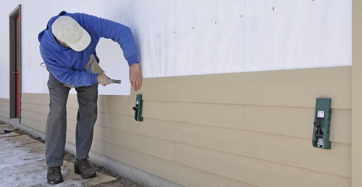 Монтаж цокольного сайдинга альта-профиль: советы строителя